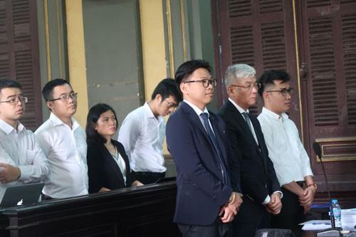 Đại diện Grab nghe tòa tuyên án